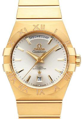 Constellation Day Date in der Version 123-55-38-22-02-002 in 18K Gelbgold