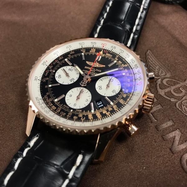breitling navitimer manufacturing calibre pinkgold