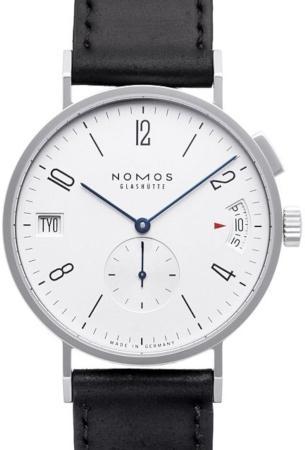 NOMOS Glashuette Tangomat GMT in der Version 635 mit Saphirglasboden