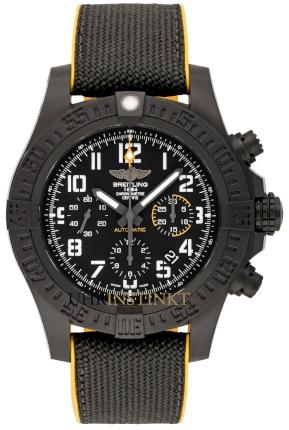 Breitling Avenger Hurricane 45 in der Version XB0180E41B1S1 aus Breitlight