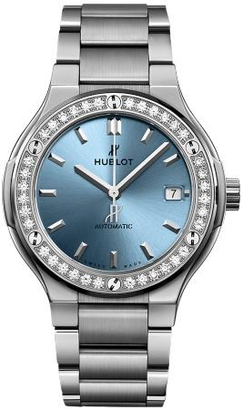 Hublot Classic Fusion Titanium Light Blue Automatic 38mm in der Version 568-NX-891L-NX-1204