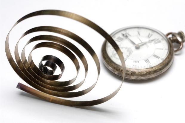 Alte Uhrenspiralfeder - Nivarox war eine spätere Materialweiterentwicklung