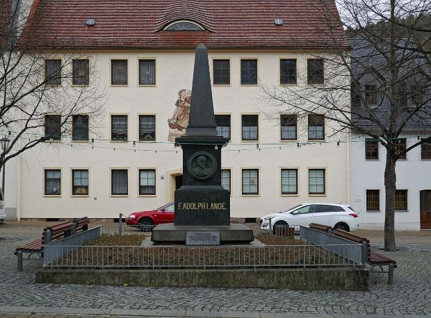 Denkmal für F. Adolph Lange, Glashütte