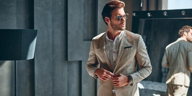Eleganter junger Mann - Dresswatch bis 1000 Euro
